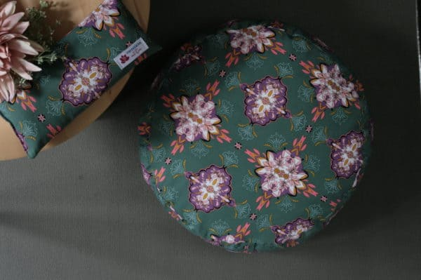 Schönes Yogakissen Ornamente Muster